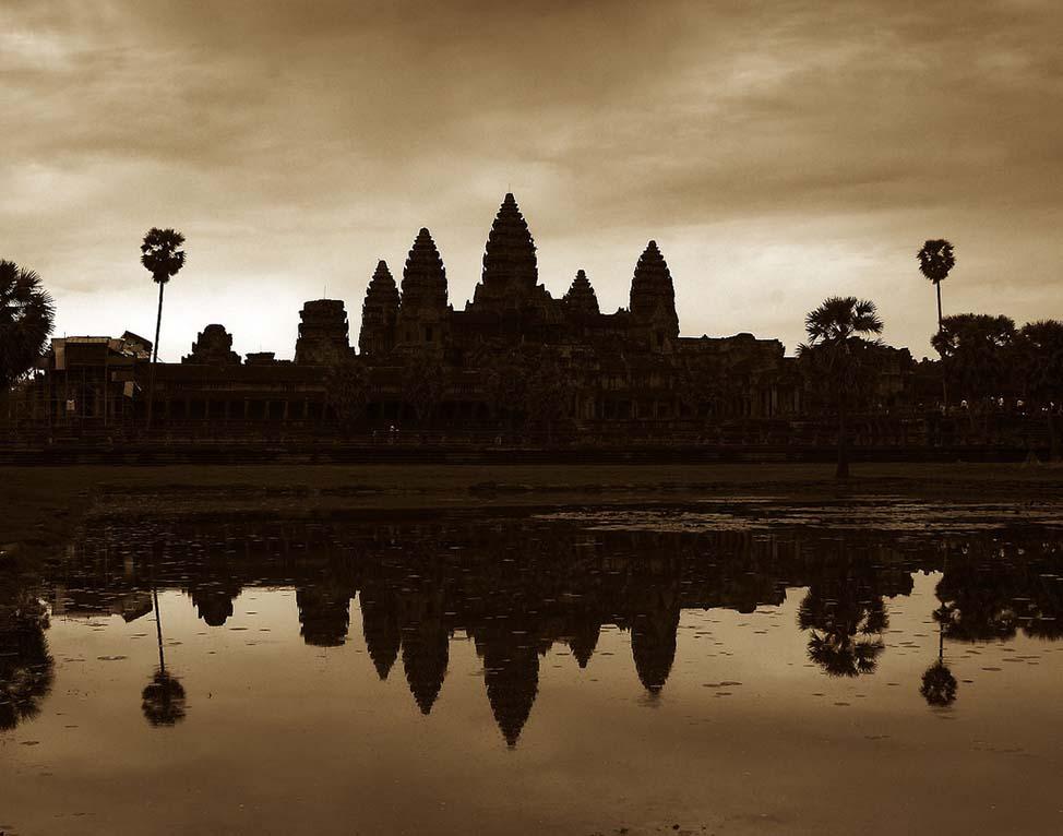 AngkorSunrise-min