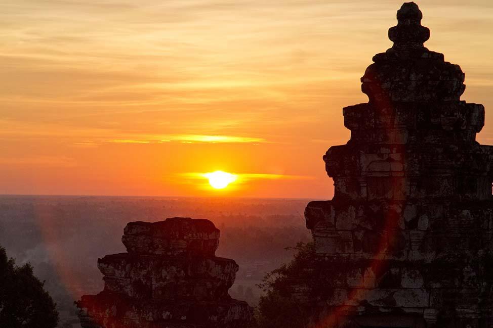 AngkorSunset-min