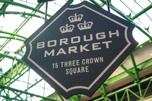 What to eat at Borough Market, London: the sign that greets  visitors