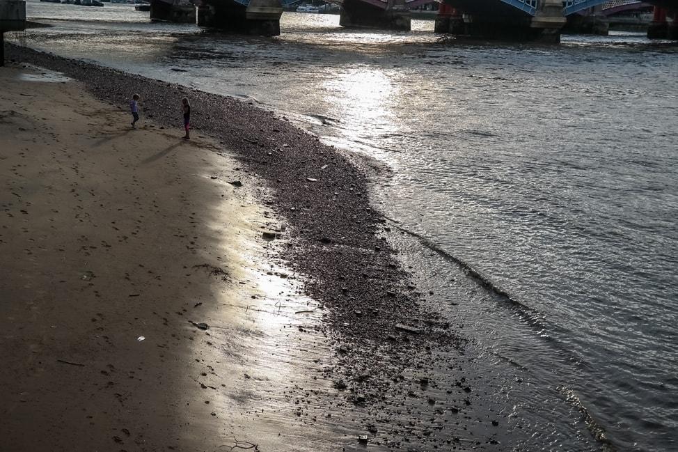 Thames Beach