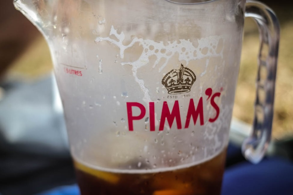 What to Love About Life in London: Drinking Pimm's outside!