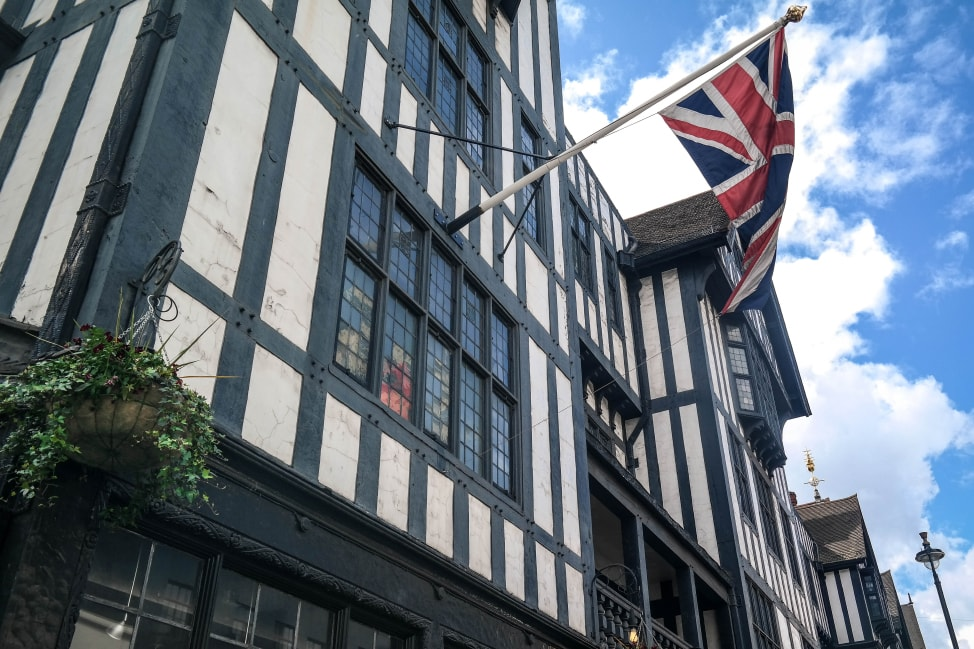 What to Love About Life in London: Lots of old stuff