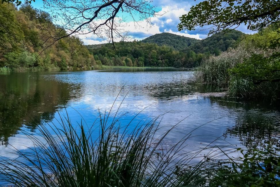 Visiting Plitvice Lakes: the view over Lake Kozjak