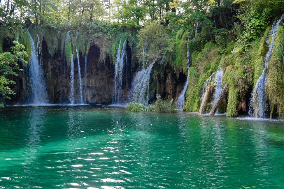 Visiting Plitvice Lakes: another stunning waterfall