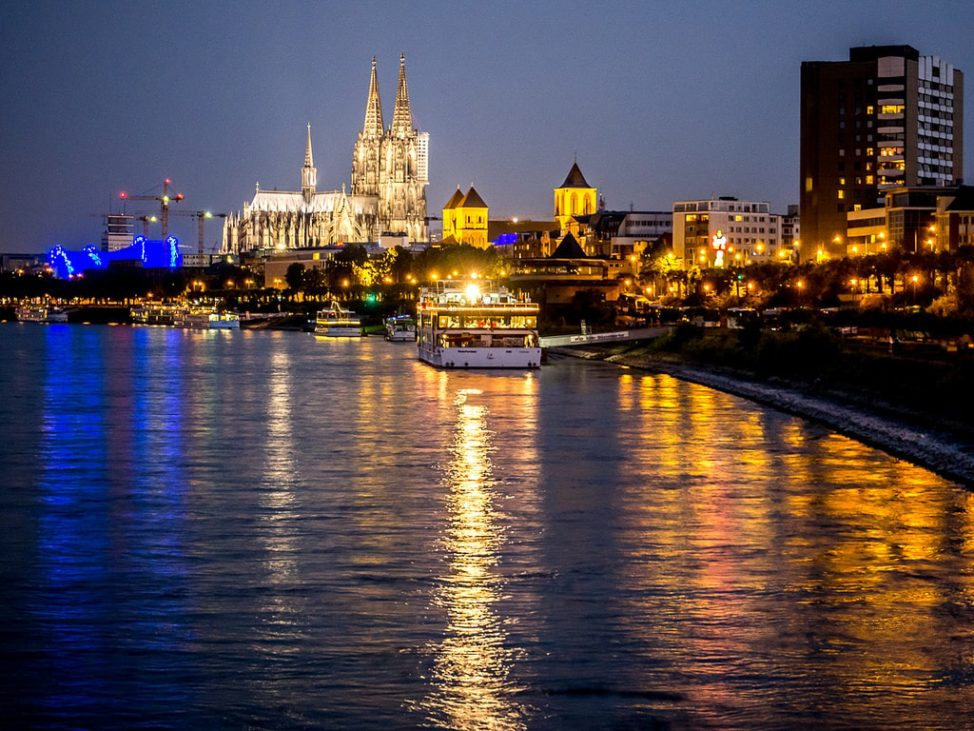 River Cruises: docking in the heart of a city