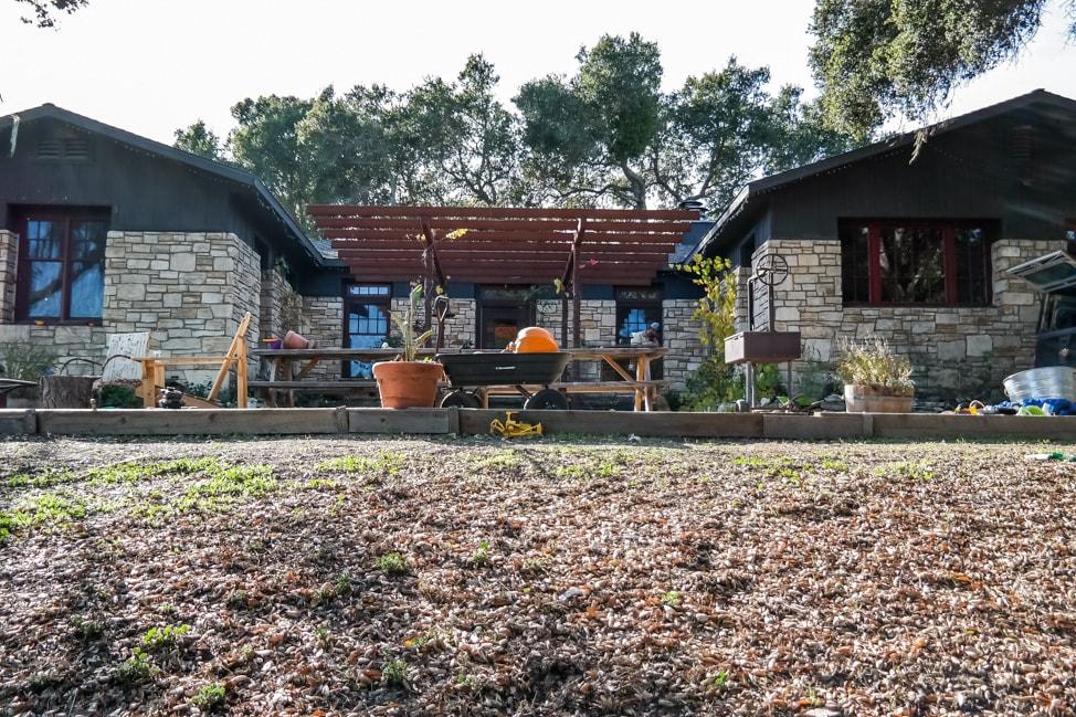 california road trip ranch house