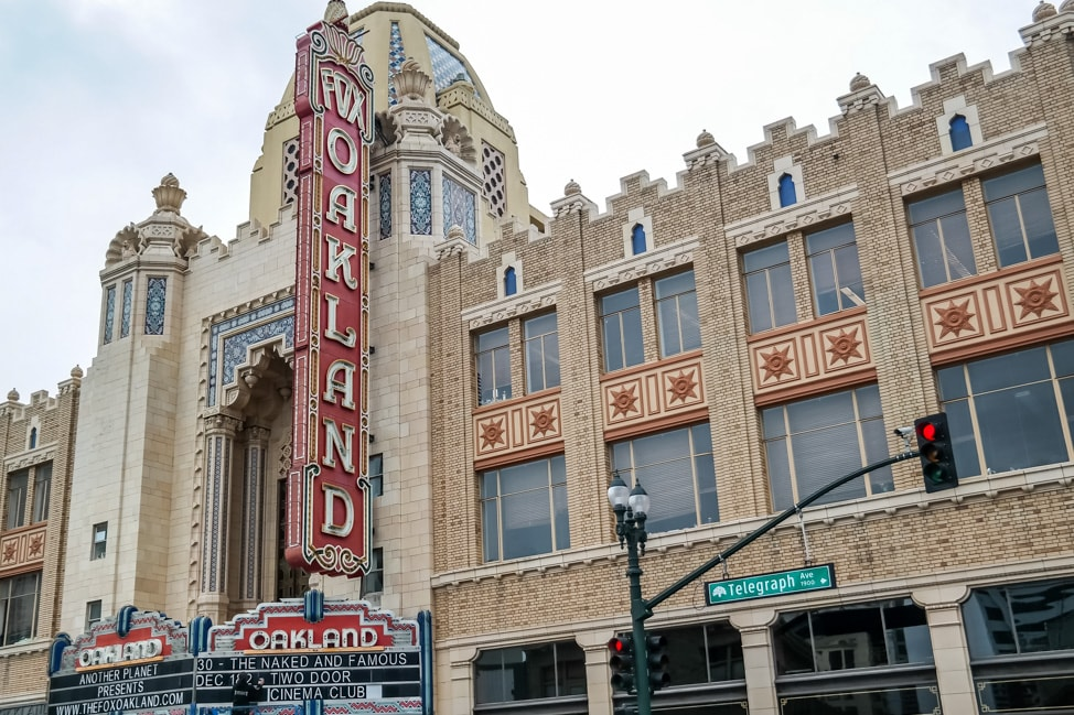 Downtown Oakland: Fox Theater in downtown Oakland
