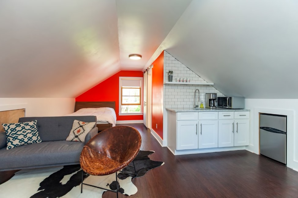 7 Airbnb tips for first time users: a hip studio in east Nashville, TN