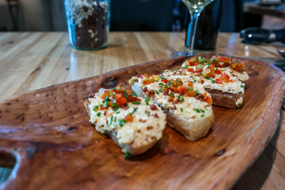best things to do in charleston: Pimento cheese on toast at Husk