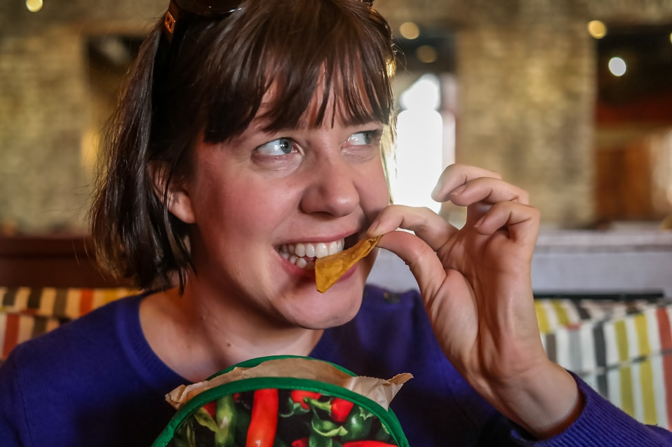 best things to do in charleston: chips and salsa at Minero