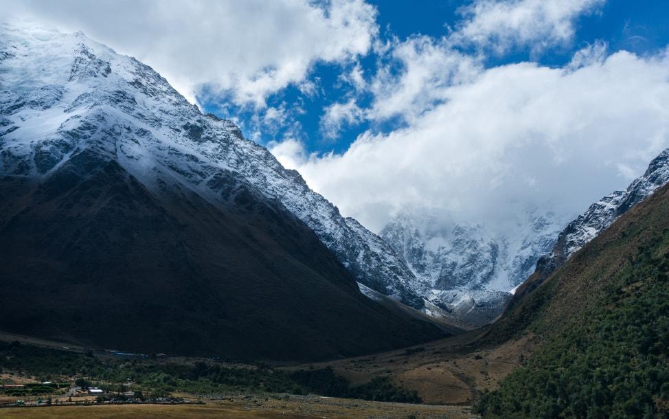 spring break ideas Peru's majestic mountains