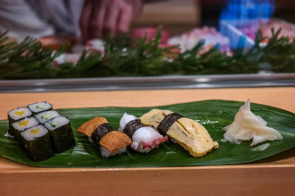 Tsukiji Market Food Guide