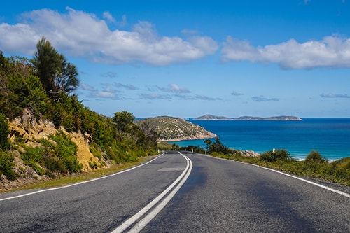 How to Have a Safe Road Trip Around Australia thumbnail